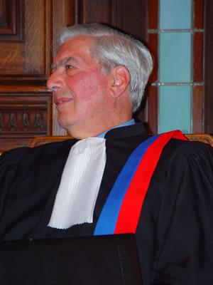 Llosa - copyright JLYoung Sorbonne Nouvelle